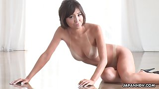 Tan lines are sexy and that tanned Asian cutie gives rub-down the best blowjobs