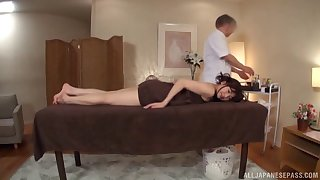 Massage makes her very horny and she decides to return the favor