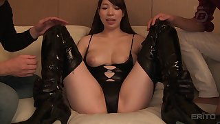 Masked Asian Mio Kayama moaning while enjoying vibrator